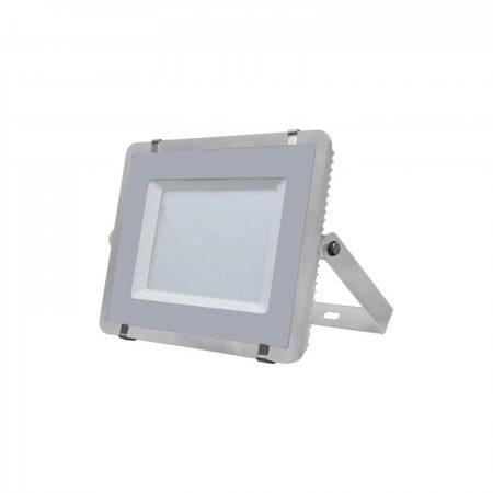 Professzionális LED reflektor 200W magas fényerősséggel (120lm/W) SAMSUNG chipek